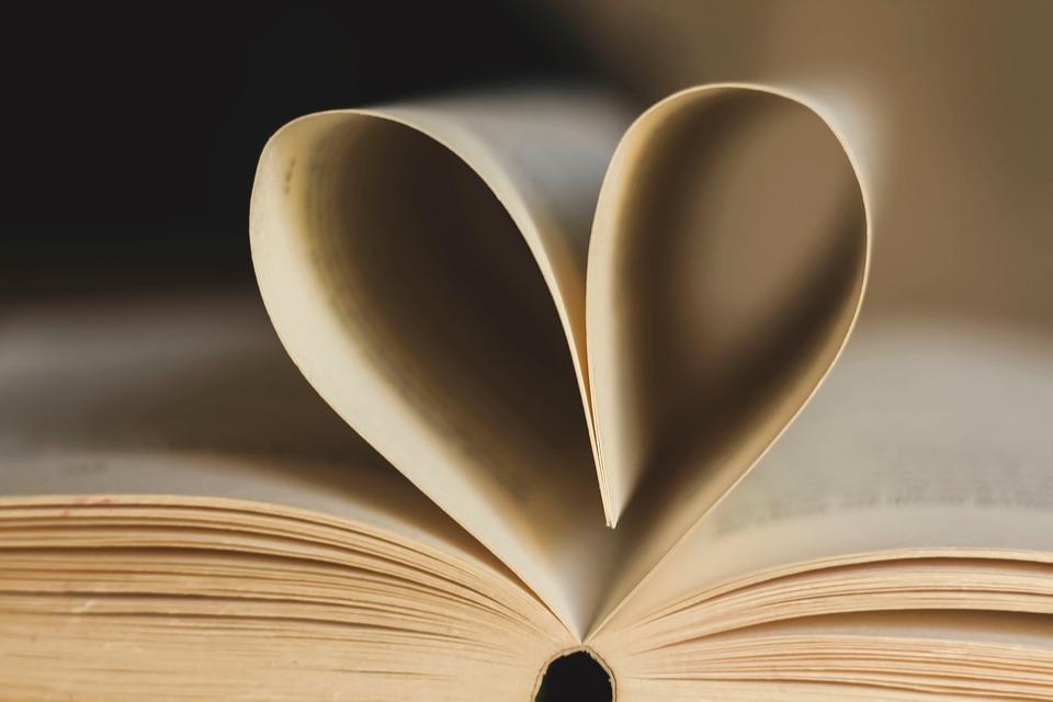 4 raisons de lire un roman érotique
